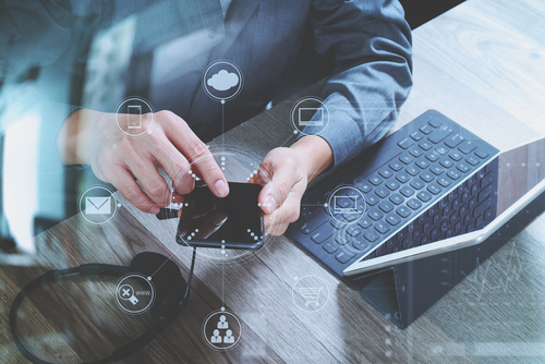 How Does VoIP Help Businesses Keep Mobile?